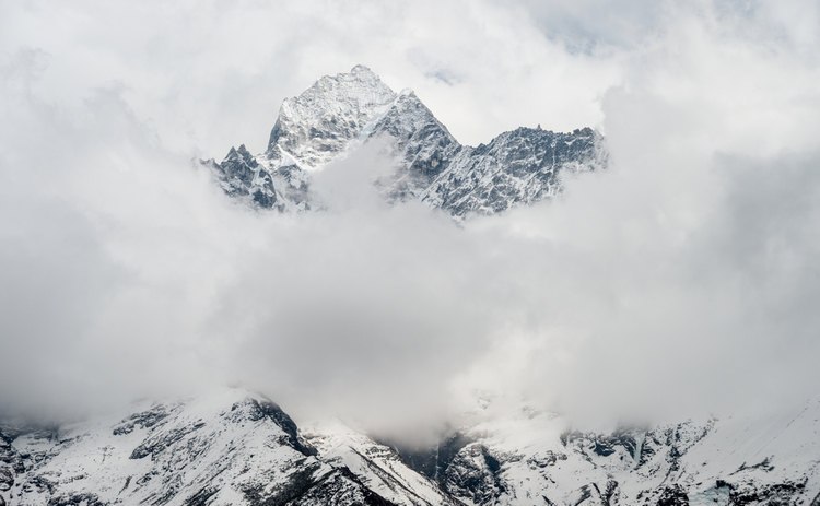 emerging-cloud-mountain