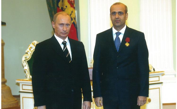 Igor Yusufov with Putin