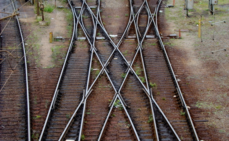 A train track junction