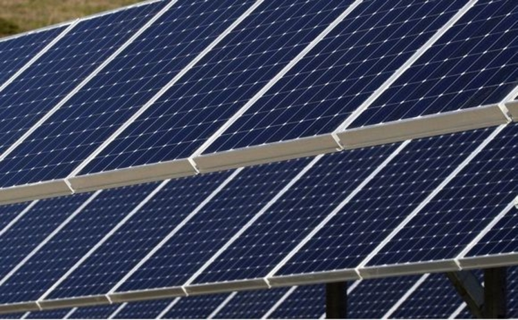solar-panels-blue-horizontal-parallel-closeup