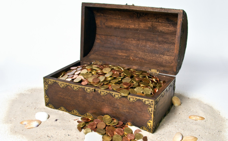 treasure-chest-with-gold-coins