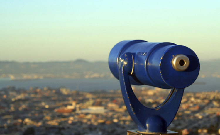 telescope-blue-looking-out-over-san-francisco-bay
