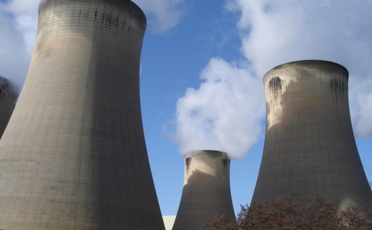 Cooling towers at Drax power station
