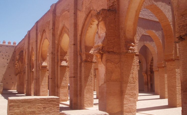 islamic-arches-a-series-in-pale-sandstone