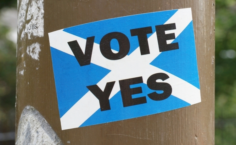 photo of a sticker in support of a scottish yes vote