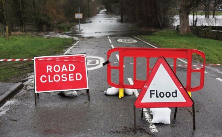 road-closed-flooding