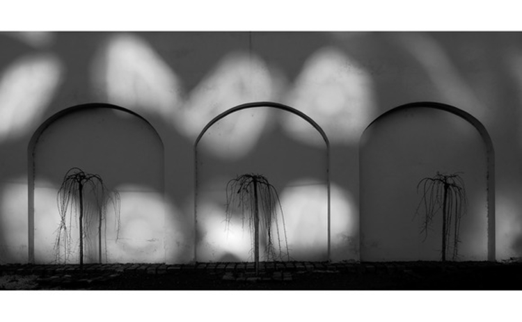 Shadow arches