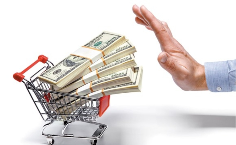 saying-no-to-a-trolley-full-of-money