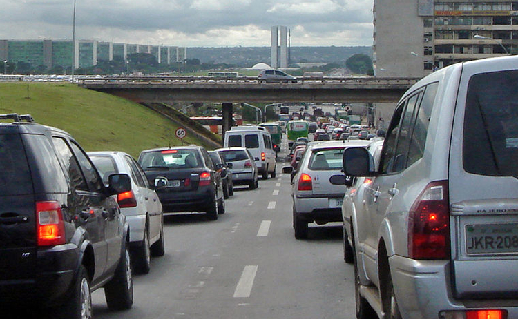 Cars stuck in congested traffic