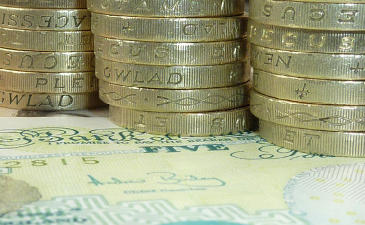 pound-sterling-notes-coins